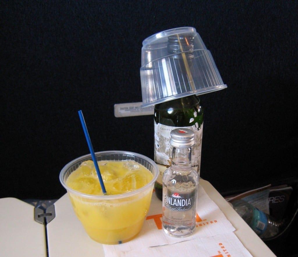 Hej Sweden Drink im Flugzeug