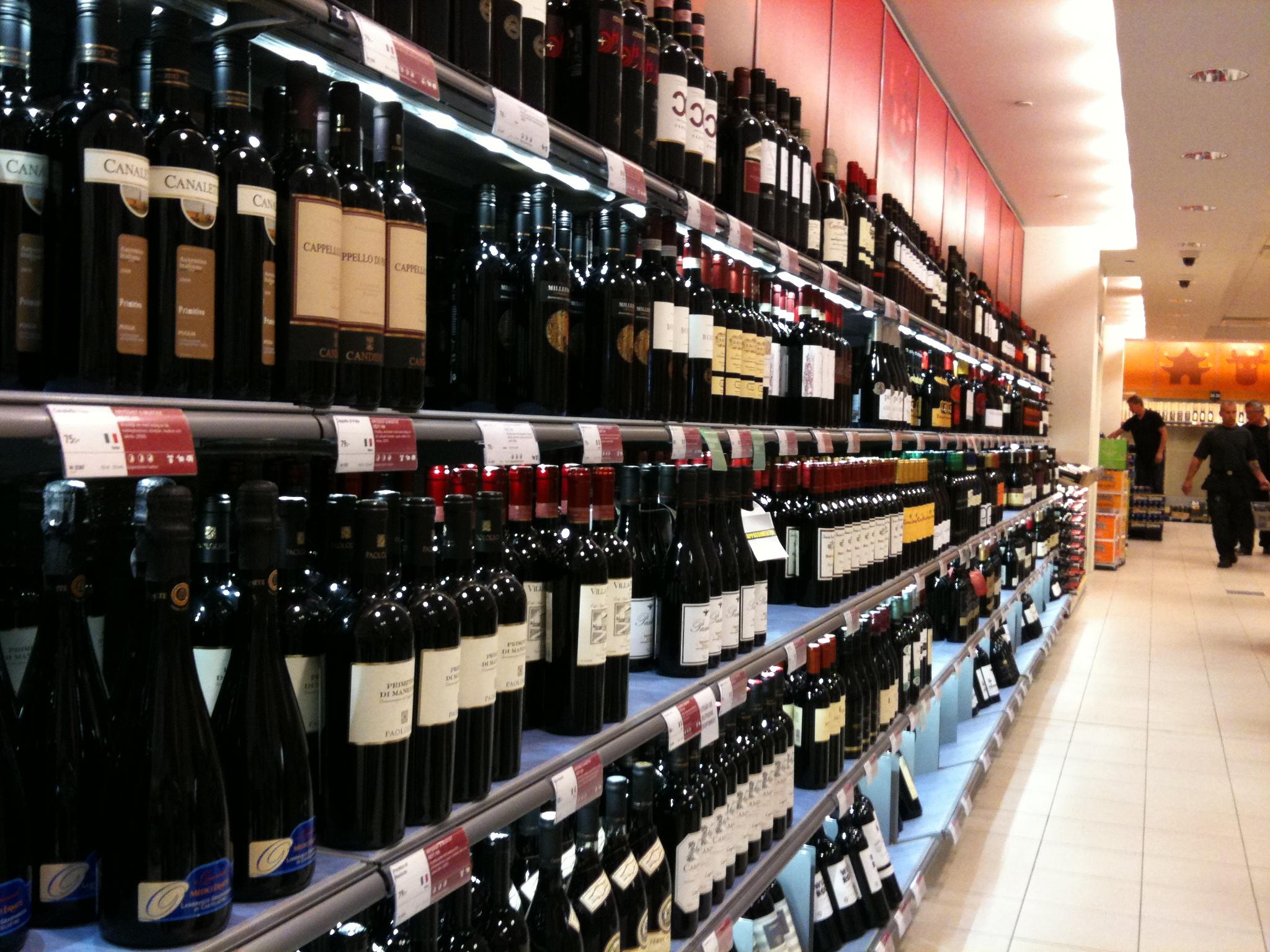 Die Schweden und der Alkohol: Preise, Gesetze, Trinkkultur - Hej Sweden