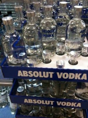 Teurer Alkohol Vodka in Schweden