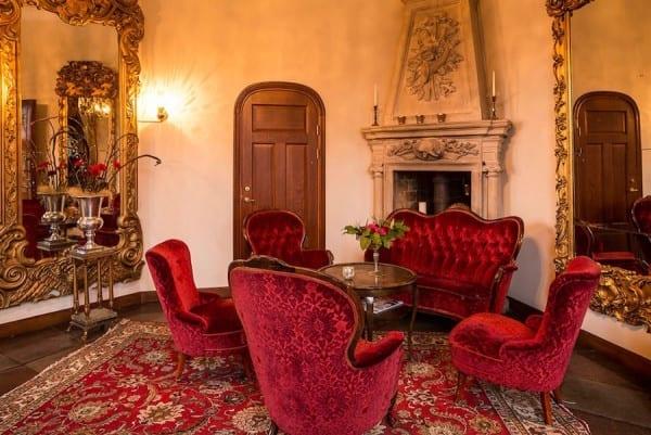 Teleborgs slott Hotels in Vaxjo Sweden inside