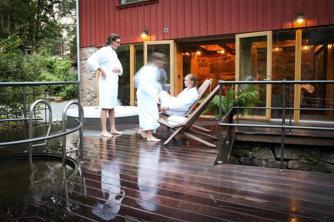 Whirlpool im Ferienhaus in Schweden mit Sauna Whirlpool
